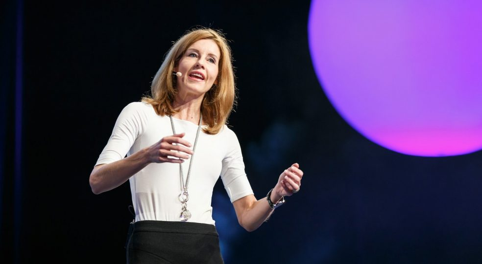 Monika Matschnig: How body language influences your effect